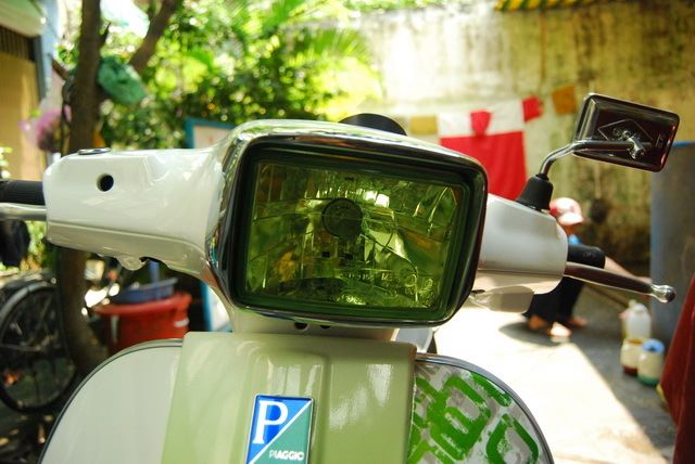 Vespa S green camon cua Saigon Air Brush - 4