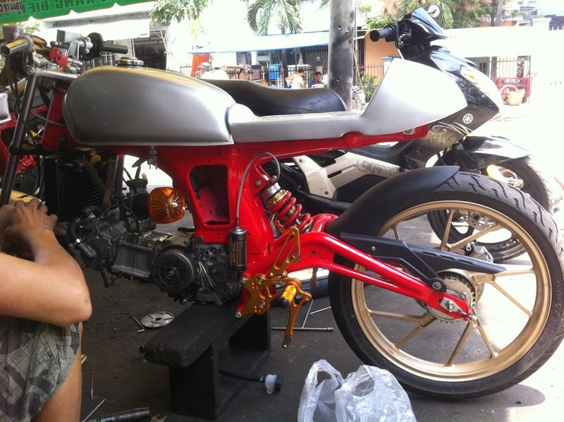 67 do phong cach cafe racer - 8