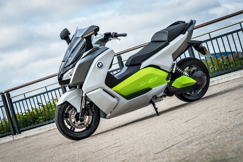 BMW C Evolution scooter dien hang sang