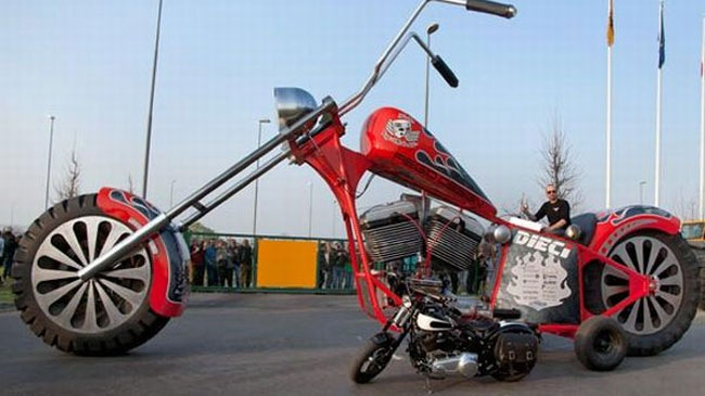 Regio Design XXL Chopper Moto lon nhat the gioi
