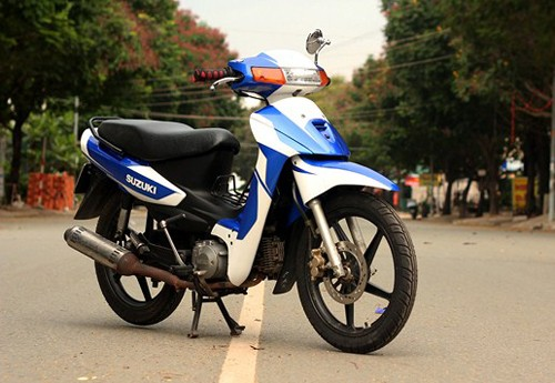 Lot xac Suzuki Viva Honda Future doi dau - 6