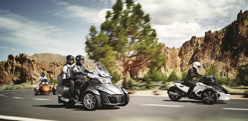 CanAm Spyder RT 2014 co gia khoang 22999 USD