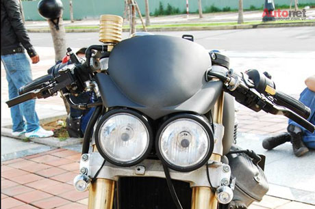 Honda GL400 do Cafe racer doc dao tai Viet Nam - 11