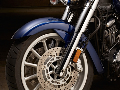 Star Motorcycles gioi thieu Roadliner S 2014 - 11