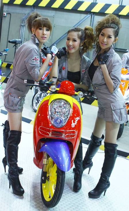 Thai Lan Honda Scoopy i do kieu nu tinh - 2