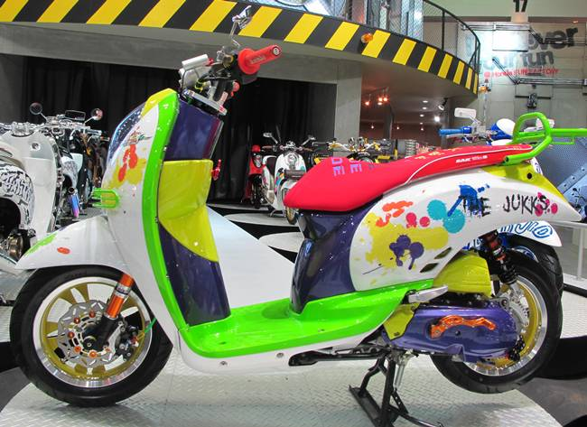 Thai Lan Honda Scoopy i do kieu nu tinh