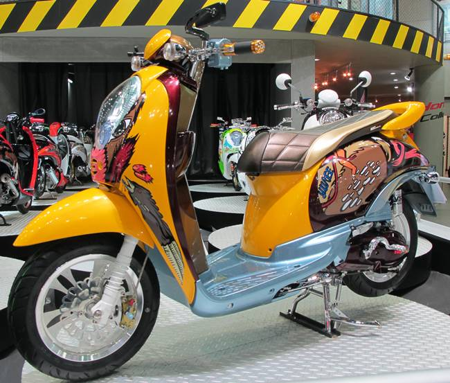 Thai Lan Honda Scoopy i do kieu nu tinh - 13
