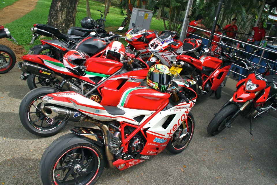 Hinh anh offline voi ae Ducati Desmod Club - 5
