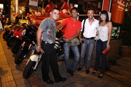 Hinh anh offline voi ae Ducati Desmod Club - 14