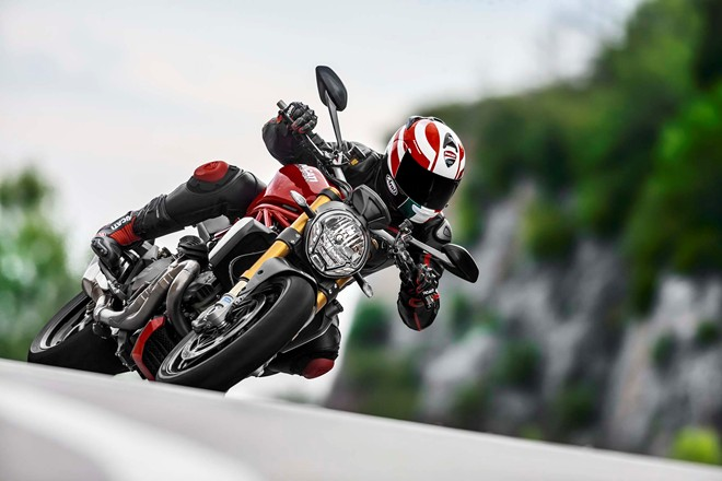 Ducati Monster 1200 va Monster 1200 S cung nhau ra mat - 10