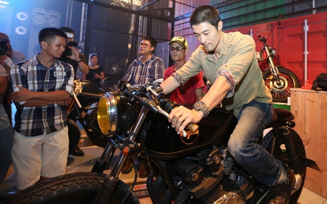Johnny Tri Nguyen xuat hien tai su kien Born To Ride - 3