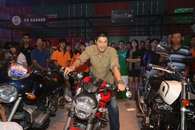 Johnny Tri Nguyen xuat hien tai su kien Born To Ride - 9