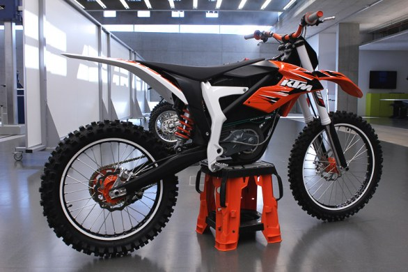 KTM Freeride E Cao cao chay dien than thien - 9