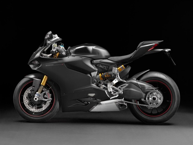 Ducati 1199 Panigale S 2014 dien bo canh moi - 2