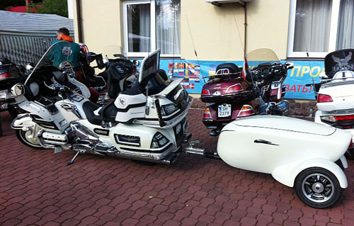 Honda Gold Wing ban do doc va tien nghi - 2