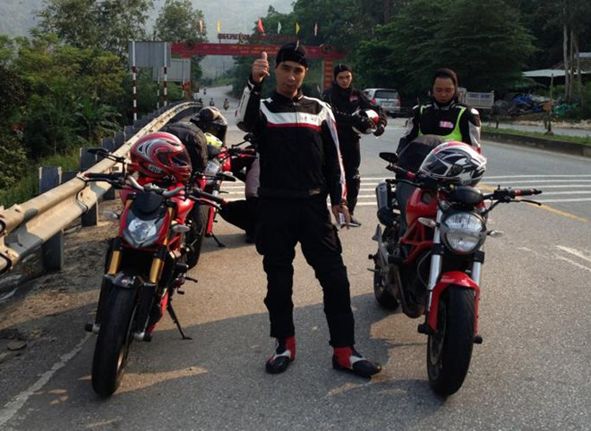Gap go CLB Ducati monster o Ha Noi - 2