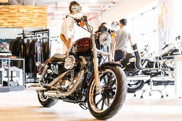 Chum anh Sportster XL883l SuperLow Dong Harley re nhat tai Viet Nam - 9