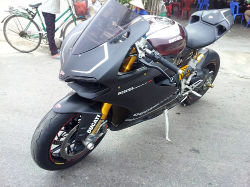 Ducati 1199 Panigale S ABS do carbon tien ty o Ha Noi - 2