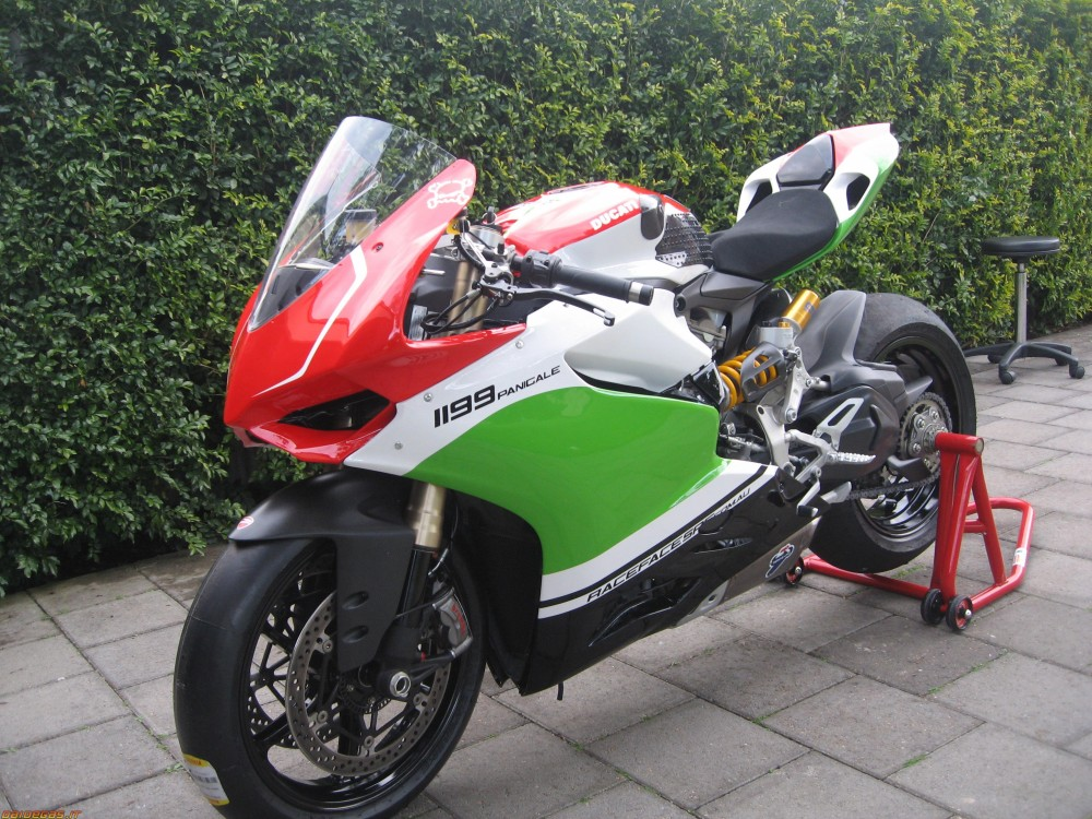 Ducati 1199 S Panigale Tricolore Co may sieu long moi con tim - 7