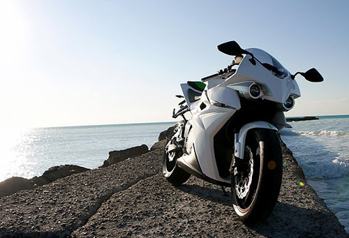 Energica Ego sieu moto dien co the dat toc do 240kmh - 15