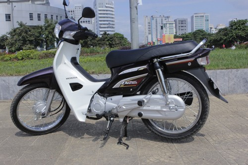 Honda Super Dream 110 e hang dip can tet