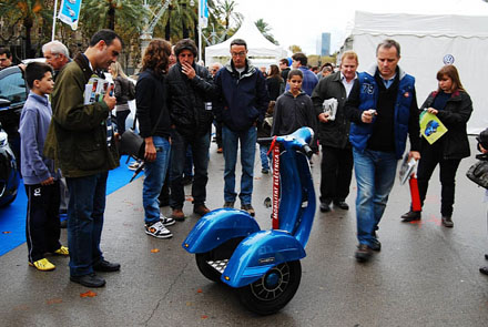 Vespa Segway Do doc cho fan cua Vespa