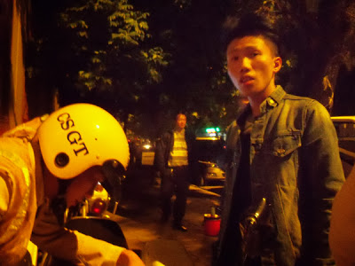 Xem clip thay ca si Tang Quoc Anh cung toi toi