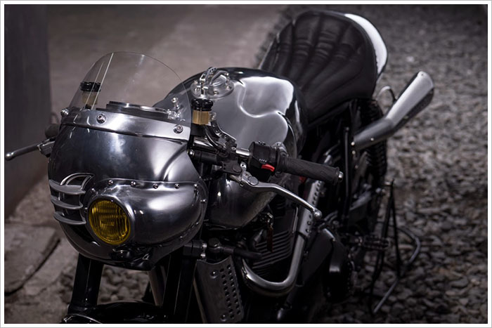 Ngam Triumph Steampunk Racer manh me den tung chi tiet - 9
