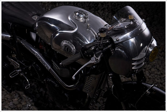Ngam Triumph Steampunk Racer manh me den tung chi tiet - 8