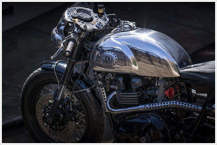 Ngam Triumph Steampunk Racer manh me den tung chi tiet - 16