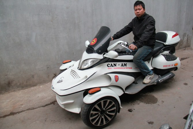 CanAm made in Viet Nam - 4