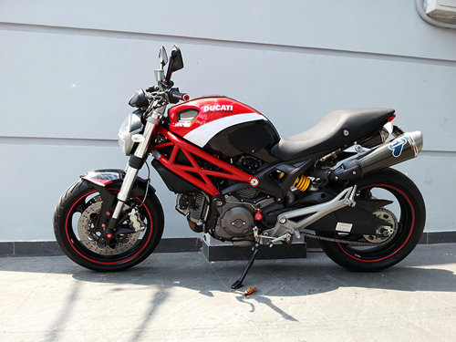 Ducati Monster 795 len do choi chat luong - 4