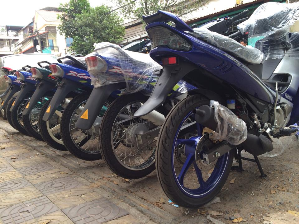 Hot Viet Nam vua nhap ve lo hang Suzuki Sport 110 va Ya Z new 100 - 4