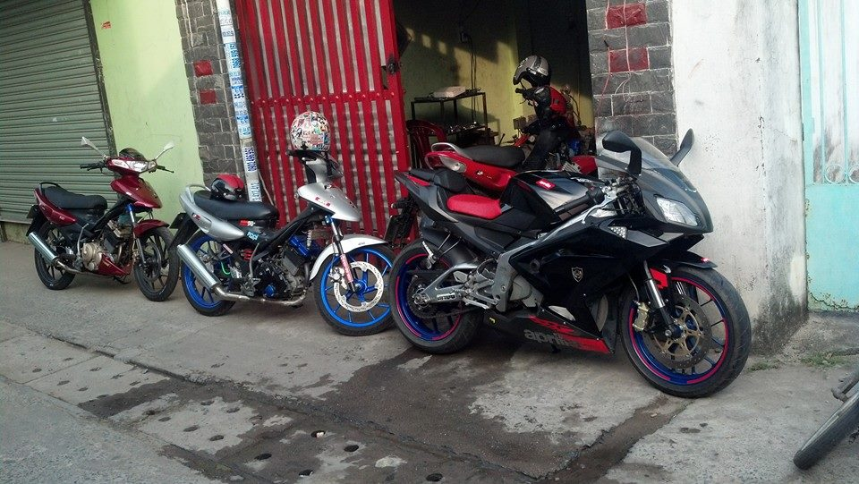 Len pkl tien e Aprilia rs 125 full power hqcnbien 5 so9 nutchinh chu