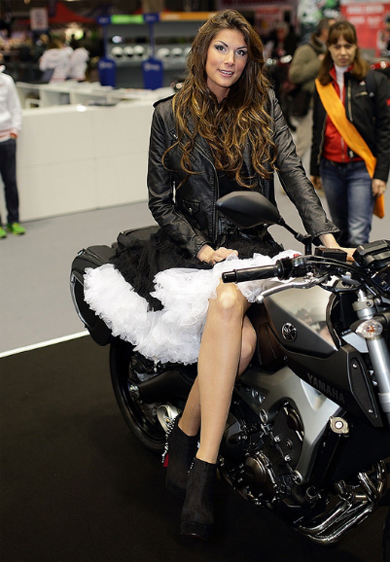 Moto va nguoi dep do o Motor Bike Expo 2014 - 2