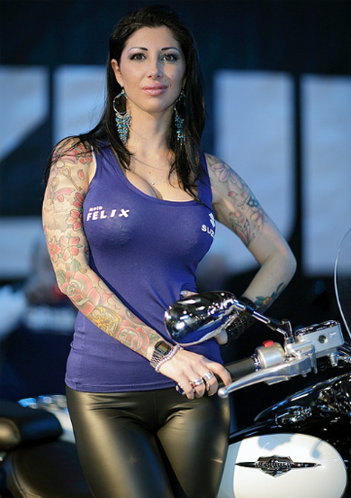 Moto va nguoi dep do o Motor Bike Expo 2014 - 5