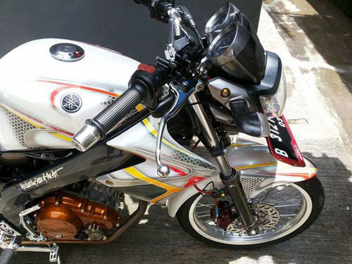 Nakedbike 150cc Yamaha Vixion do thanh lich - 4
