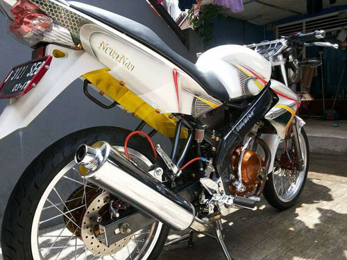 Nakedbike 150cc Yamaha Vixion do thanh lich - 5