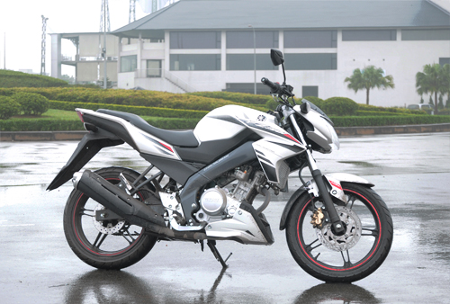Yamaha FZ150i Mau nakedbike 150 the thao re tai Viet Nam