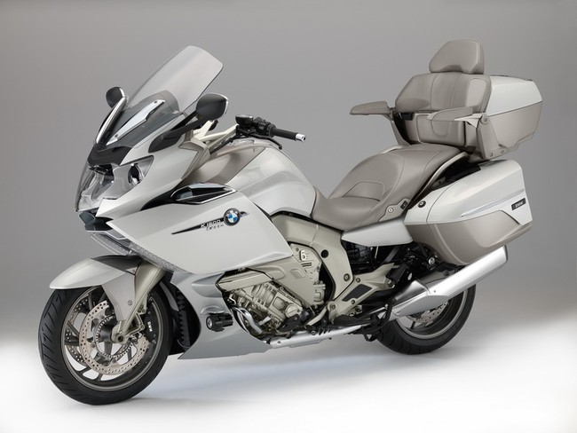 BMW Motorrad dat doanh so ky luc trong thang 3 - 2