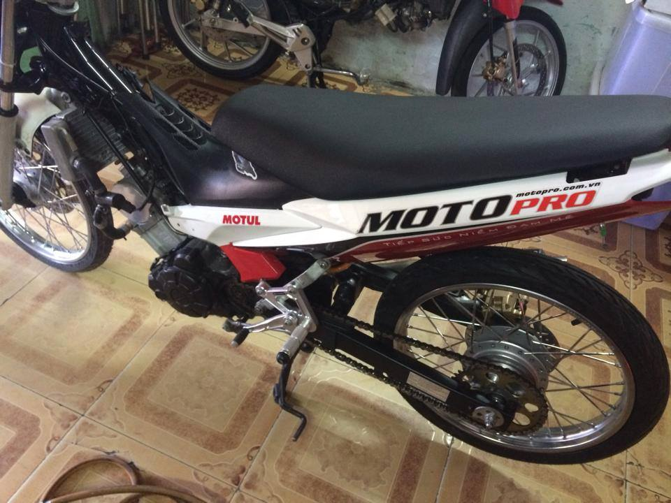 Exciter Drag 400m khung cua CLB Motopro Racing - 5