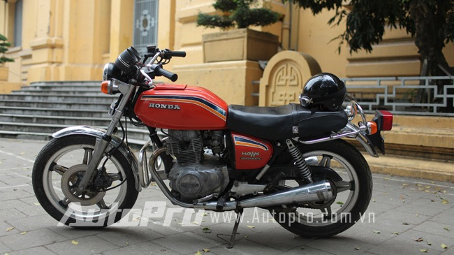 Hondamatic CB400A Hawk hon tay ga da hang con - 2