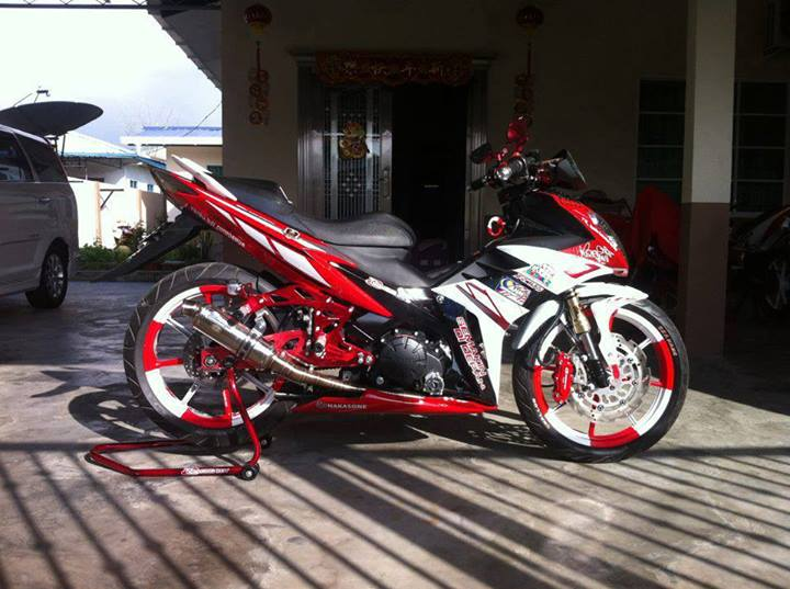 Yamaha X1R trang do noi bat - 3
