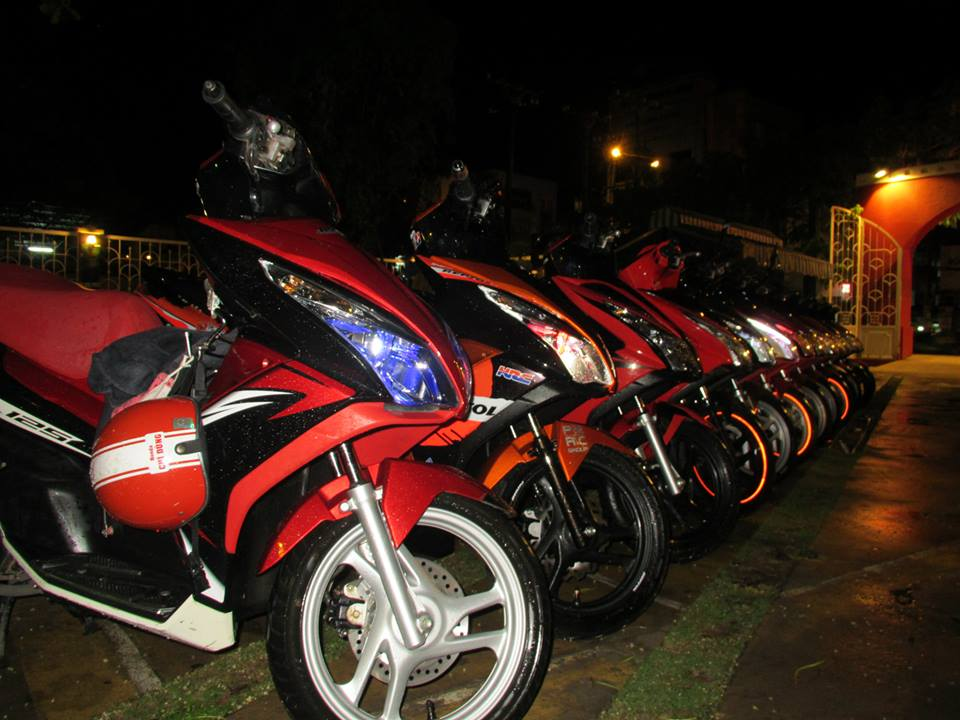 Anh Em hoi Honda Air Blade 125cc OFFLINE lan 2 tai Cafe Toc Do - 5