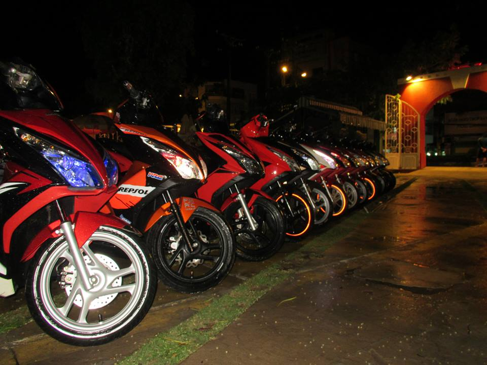 Anh Em hoi Honda Air Blade 125cc OFFLINE lan 2 tai Cafe Toc Do - 6