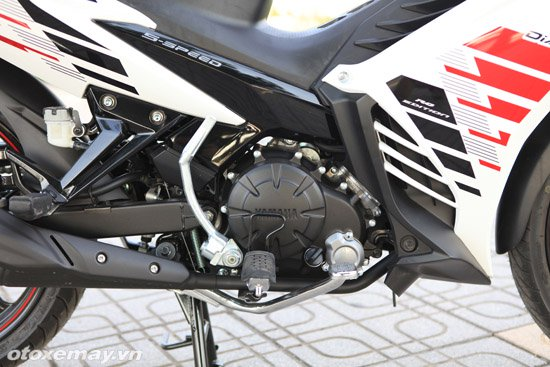 Can canh Yamaha Exciter RC 2014 voi bo tem moi - 3
