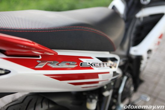 Can canh Yamaha Exciter RC 2014 voi bo tem moi - 9