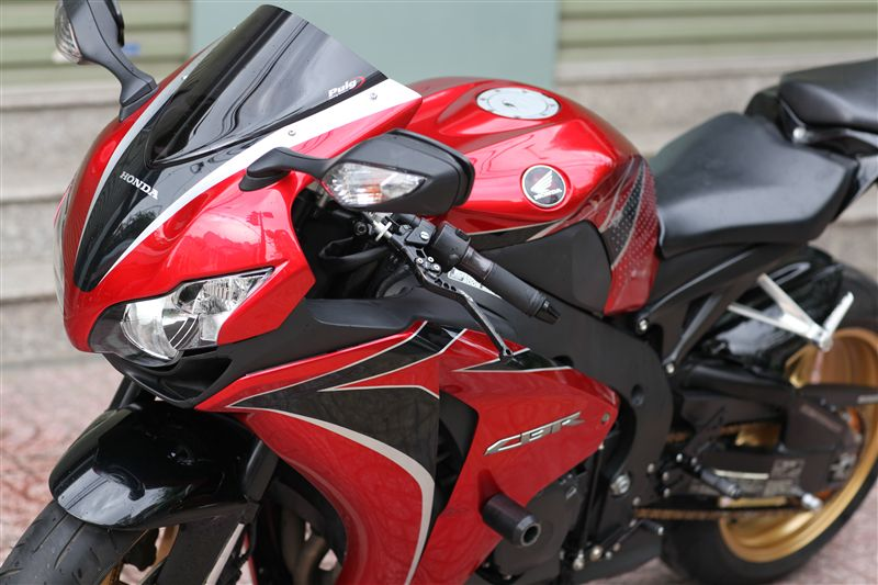 CBR1000RR vo it do nhe - 3