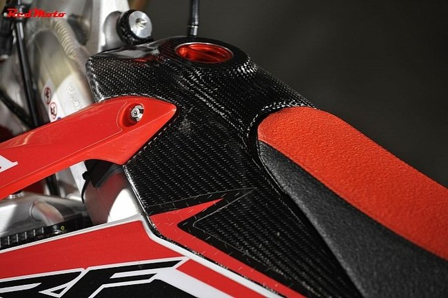 CRF250R Red Moto Special Edition phien ban dac biet gia re - 3