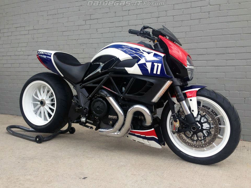 Ducati Diavel Ben Spies Edition - 2